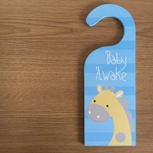 Other - Baby Sleeping Door Wooden Hanger Giraffe design